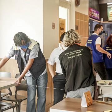 Mais de 300 estabelecimentos de alimentação do Recife foram vistoriados  na 1ª semana de reabertura