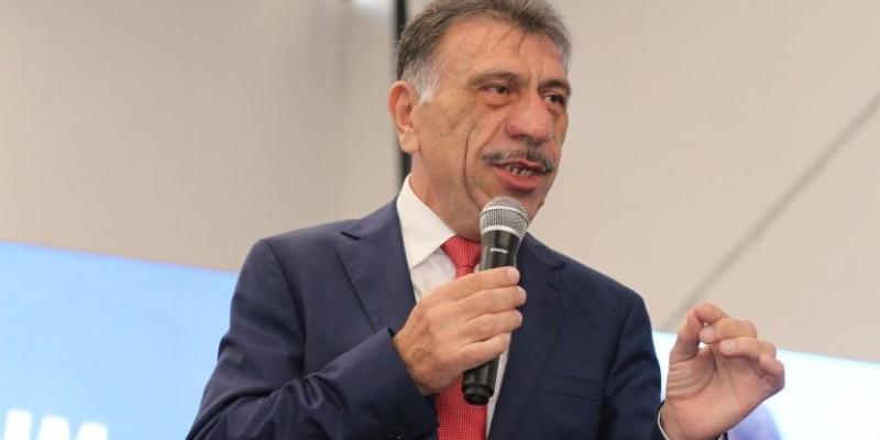 JoséPatriota comentousobre a possibilidade de unificar as alíquotas dos impostos cobradas do ICMS para combustíveis