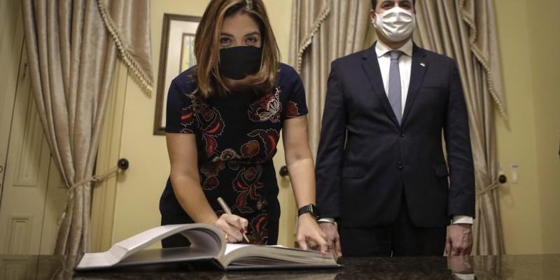 Ana Elisa Gadelha, substitui a ex-secretária Silvia Cordeiro
