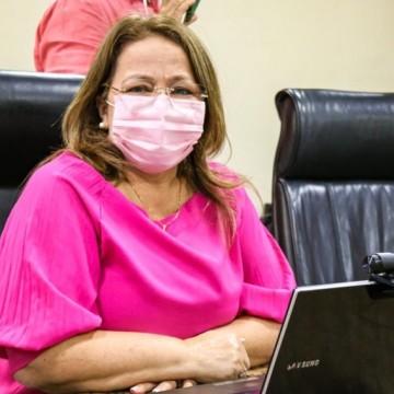 Vereadora do Recife, Ana Lúcia, propõe criação de centros de tratamento para pessoas com sequelas de doenças virais