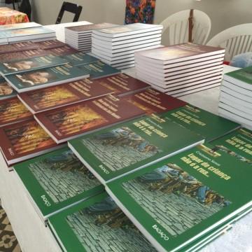 Autores vendem livros para ajudar na construção de Fazenda da Esperança feminina