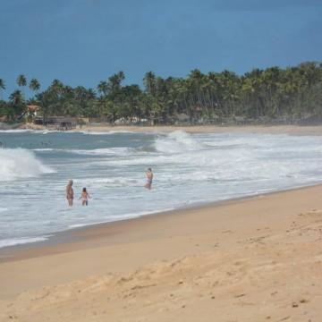 Ipojuca decide manter praias abertas das 4h às 16h por mais uma semana