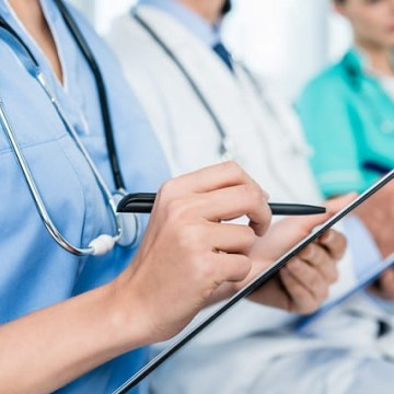 Enfermagem é carreira que cria mais postos de trabalho em 2019