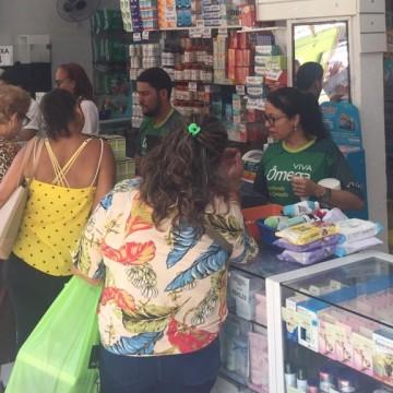 Aumenta procura por máscaras e álcool em gel nas farmácias do Recife