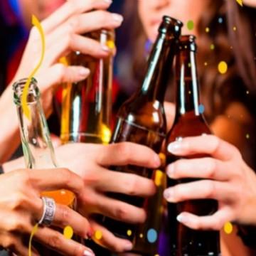 Proibida: venda de bebidas alcoólicas para menores de 18 anos durante o Carnaval