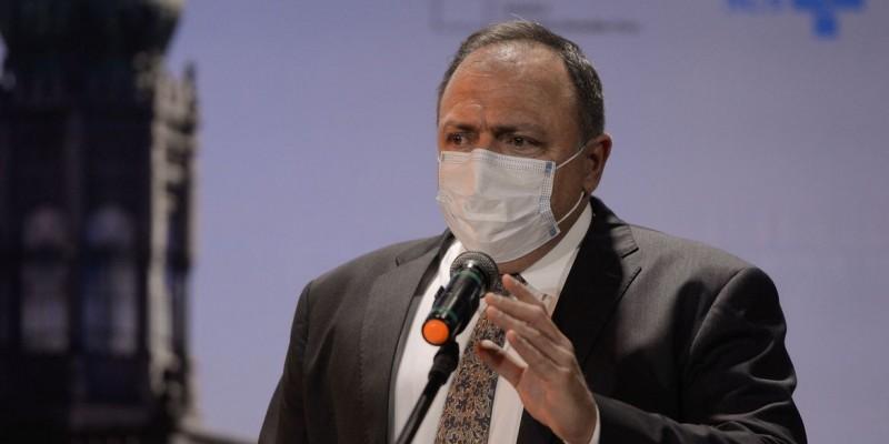 Ex-ministro teve contato com assessores infectados pelo coronavírus