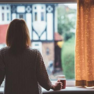 Psicóloga de Olinda dá dicas para controlar a ansiedade em tempos de pandemia