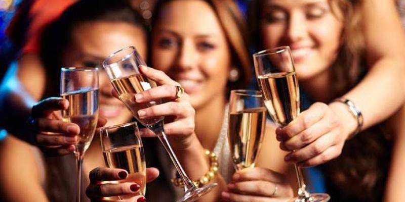 Nutróloga ressalta a importância da boa ingestão de alimentos e de água antes das festas