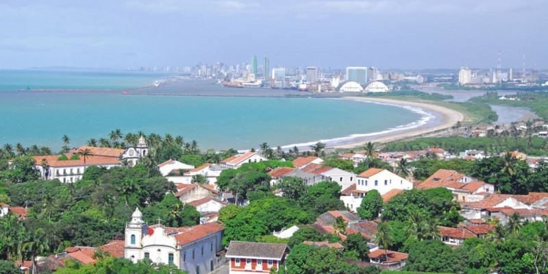 Hoje, a capital pernambucana completa 483 anos, e Olinda, 485