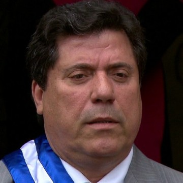 Lula Cabral reassume prefeitura do Cabo