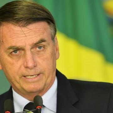 Bolsonaro elogiou a decisão da Anvisa para fabricar medicamentos derivados da maconha