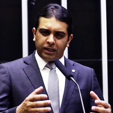 Deputado Fernando Rodolfo participa de comitê de crise no Agreste