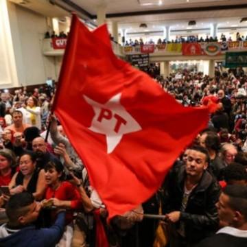 No Recife, Partido dos Trabalhadores se reúne e tem as eleições 2020 como pauta