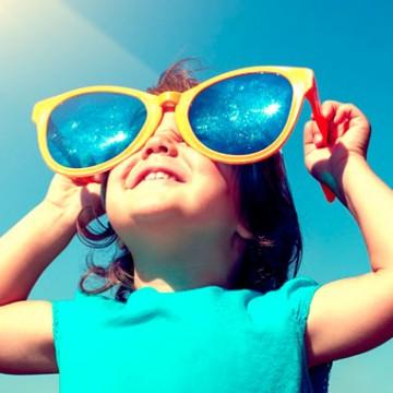 Oftalmologista destaca cuidados necessários com os olhos no verão