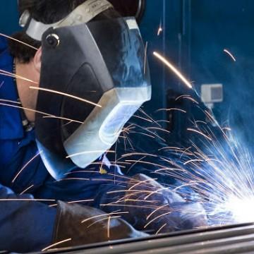Recuperação do setor metalmecânico de PE cada vez mais distante