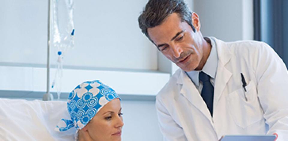 Pacientes em tratamento de câncer devem ter cuidados dobrados contra o coronavírus