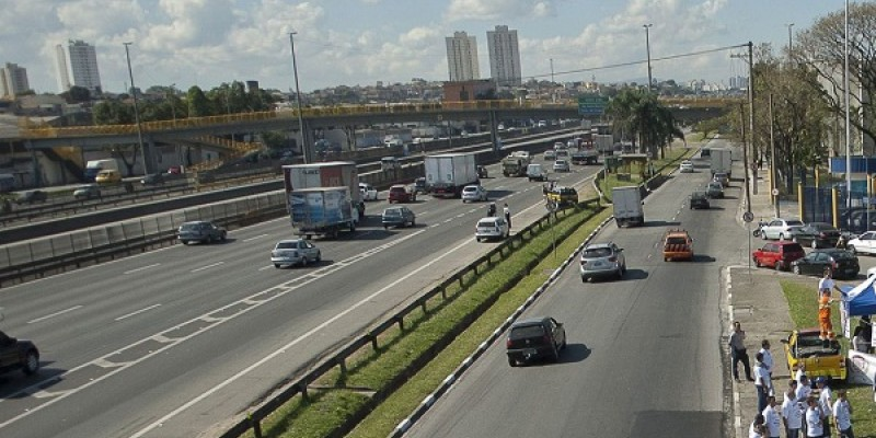 As estradas estarão conectadas a um centro de controle e monitoraremos de Brasília