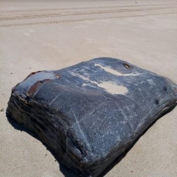Caixas misteriosas encontradas em praias do NE vieram de naufrágio na Segunda Gerra Mundial