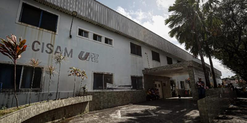 A informação foi divulgada pelo governador do Espírito Santo, Renato Casagrande, em uma rede social. O suspeito foi preso em Betim, Minas Gerais. Antes, ele esteve na Bahia