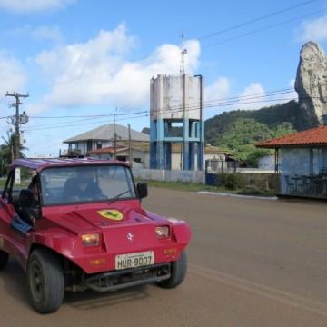 Moradores de Fernando de Noronha desaprovam Lei que proíbe circulação de carros à combustão na Ilha