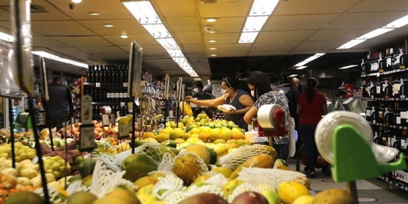 Empresas poderão doar alimentos próprios para o consumo