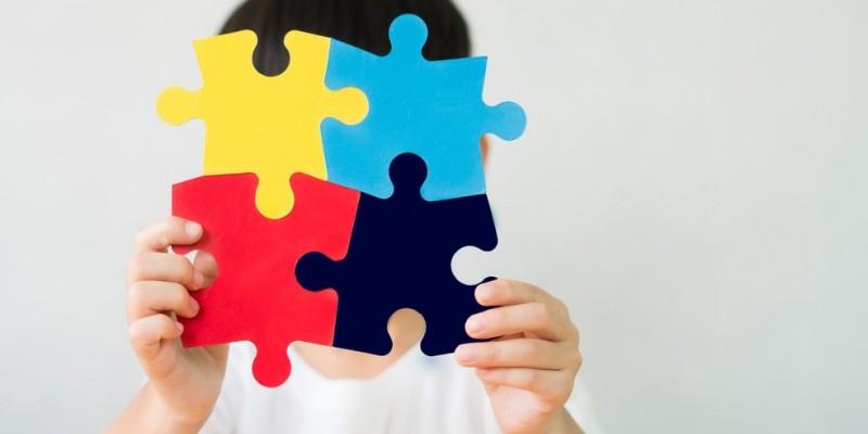 A medida vai facilitar e retirar da família do portador do Transtorno do Espectro Autista a obrigação e responsabilidade de ter que solicitar, mediante cada consulta médica, a renovação do laudo