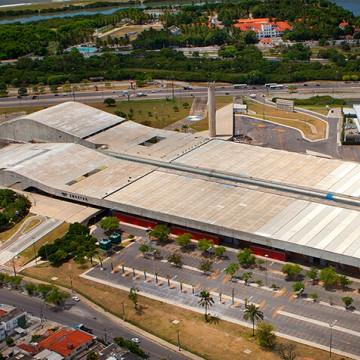 Centro de convenções de Pernambuco recebe investimento milionário para serviços de reforma