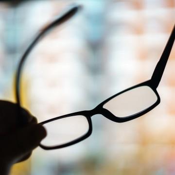 Cerca de 59 milhões de brasileiros têm miopia, mais de 25% da população, aponta OMS