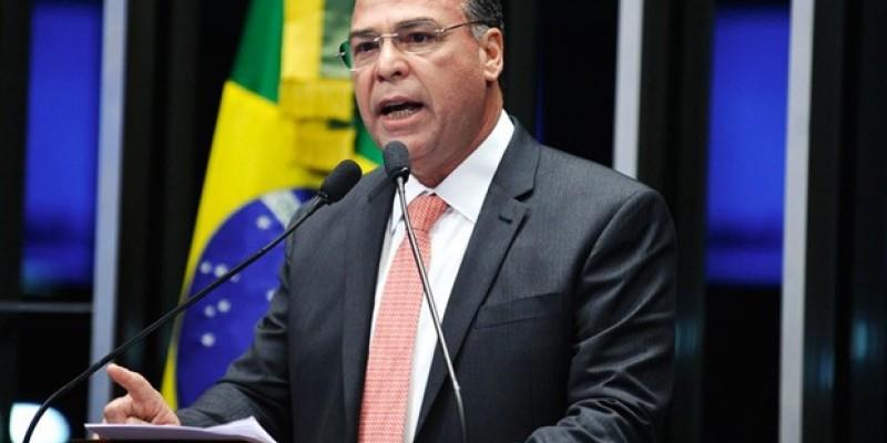 Para professora Priscila lapa o caso Fernando Bezerra Coelho ainda vai gerar desdobramentos no cenário político