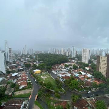 Alerta de chuvas moderadas e fortes no Grande Recife, Zona da Mata e Agreste