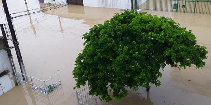 Recife, Olinda e Abreu e Lima foram os bairros mais castigados com os alagamentos e deslizamentos de barreiras