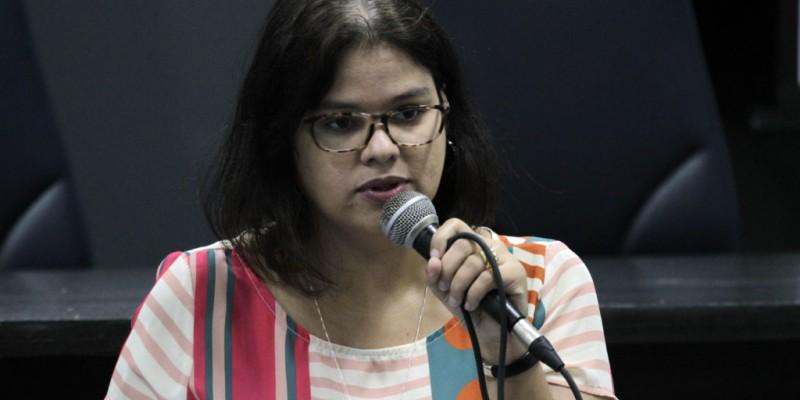 A superintendente, Ana Catarina, esclarece sobre a logística do estado na distribuição de doses para os municípios