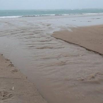 Prefeitura do Ipojuca é multada pela segunda vez após esgoto voltar a ser despejado na praia de Porto de Galinhas