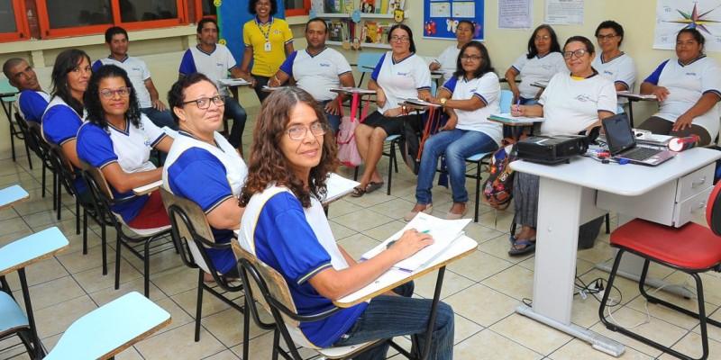 As informações sobre a documentação, requisitos necessários para realizar a inscrição e resultado da seleção podem ser encontradas no site www.sescpe.org.br