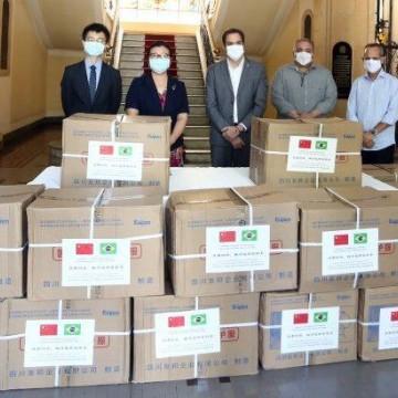 Pernambuco recebe doação de EPIs da China