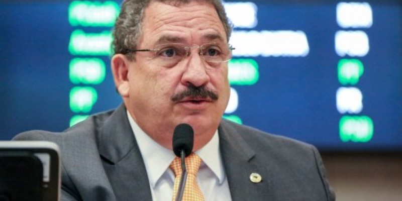 Além disso, Eriberto Medeiros comentou sobre as novas restrições do estado e a atual situação do Agreste