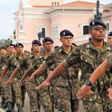 Inscrição para concurso militar cresce com desemprego em alta