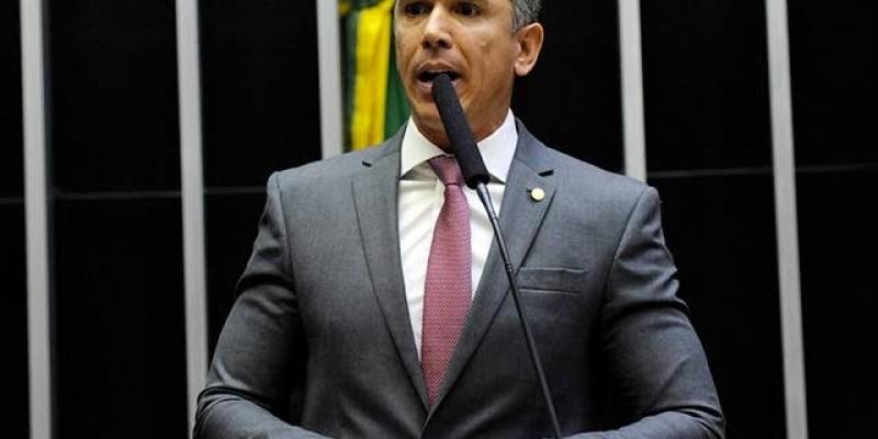 Felipe Carreras afirma que a Agência Nacional de Saúde (ANS) estimula a entrada no plano de saúde coletivo por maior lucro
