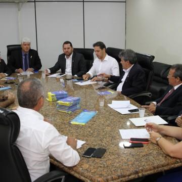 Covid-19: Câmara do Recife reduz horário de funcionamento