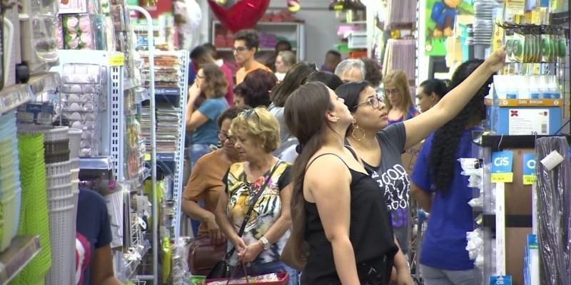 Coordenador do Centro de Apoio ao Lojista destaca que o setor será o mais afetado com a quantidade expressiva de feriados