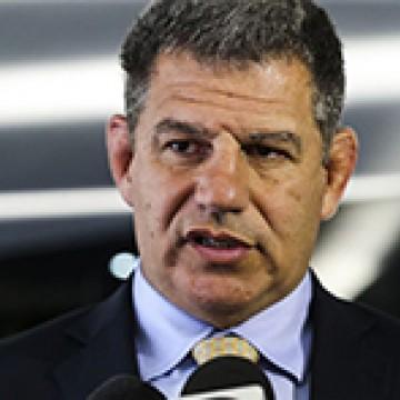 """Com atraso, Bebianno descobre que Bolsonaro tem """"viés autoritário"""""""