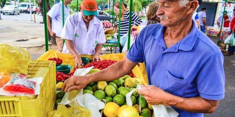 A feira acontece as quintas-feiras, das 5h às 12h, na Rua Ângelo Dias Vidal, ao lado da Fundação de Cultura de Caruaru.