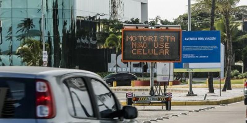 O coordenador de educação da autarquia de trânsito e transporte urbano do Recife, Francisco Irineu, explica como vai funcionar o novo instrumento que vai auxiliar o tráfego.