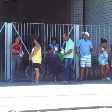 Agência bancárias permanecem registrando aglomerações na RMR