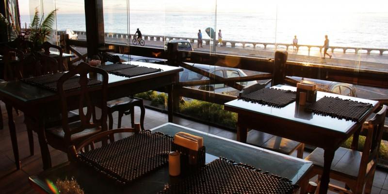 O governo de Pernambuco também autorizou retomada para os bares e restaurantes das zonas da Mata Norte e Sul