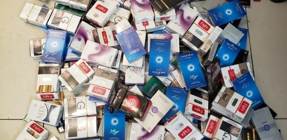 Jovens são detidos com cigarros contrabandeados em Caruaru