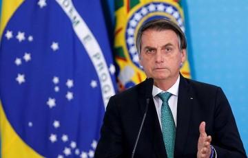 Bolsonaro veta PL que previa indenização a profissionais de saúde