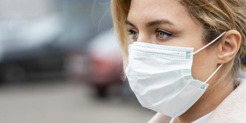 Especialista ressalta que nenhuma vacina é 100% eficaz, pois não protege completamente caso haja exposição à grande quantidade de vírus