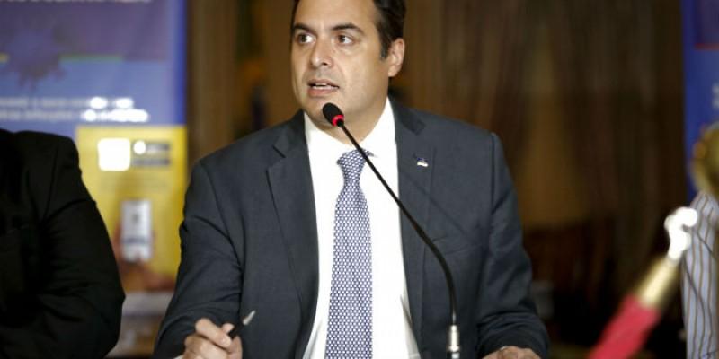 Governador Paulo Câmara se reúne nesta terça com alto comando do exército para discutir detalhes