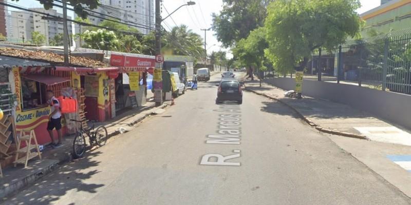 Uma das interdições é na rua Marcos André, no trecho entre as ruas Real da Torre e José Bonifácio. A outra intervenção acontece na Real da Torre, no trecho entre as ruas Visconde de Itaparica e Marcos André
